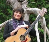 jeanne-kuhns-musician-door-county.jpg