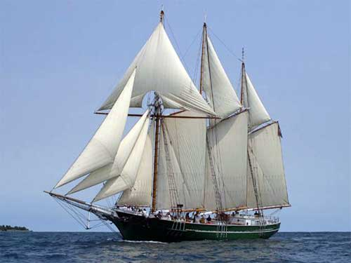 Great Lakes Schooner Denis Sullivan